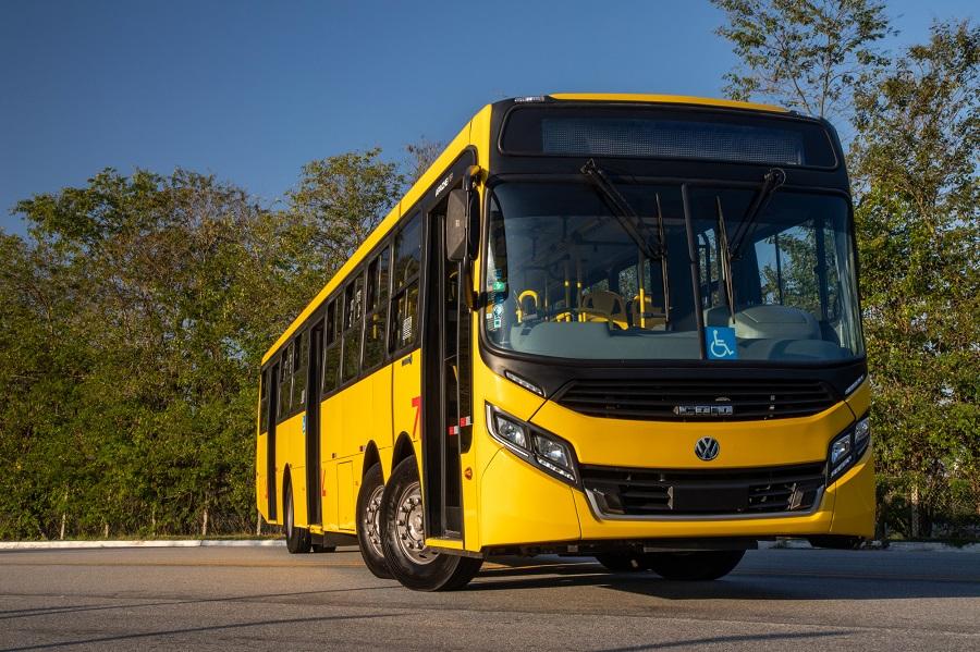 Volkswagen faz pré-lançamento do superônibus 22.280 ODS
